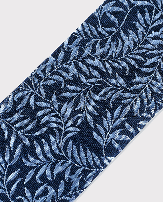 Leaf Design Microfibre Tie